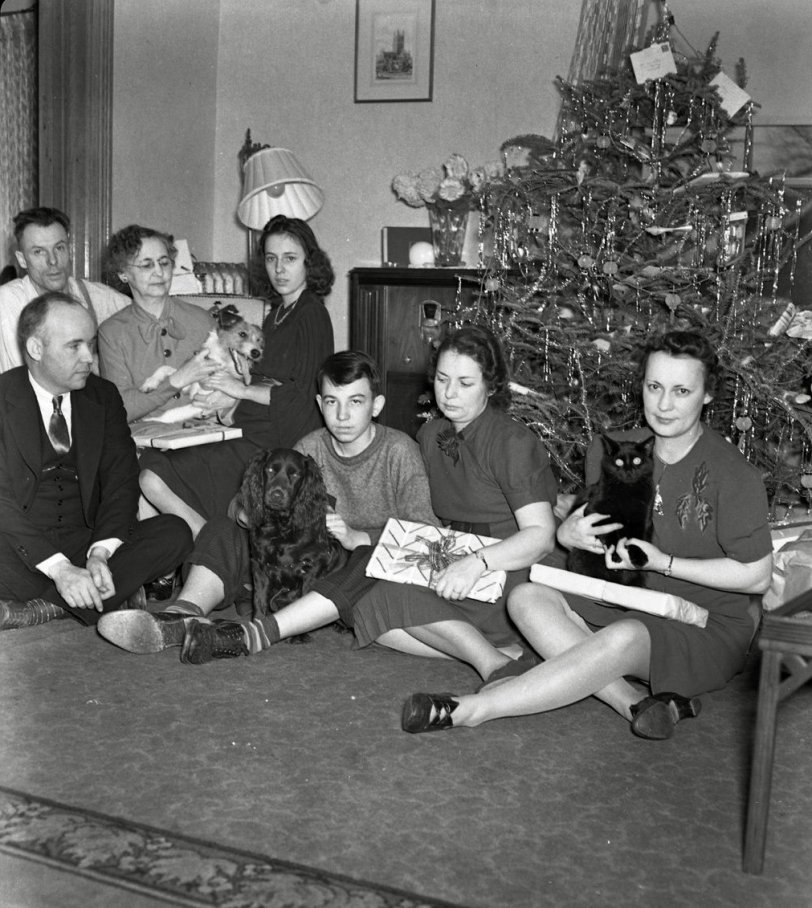 Happy Christmas: 1939