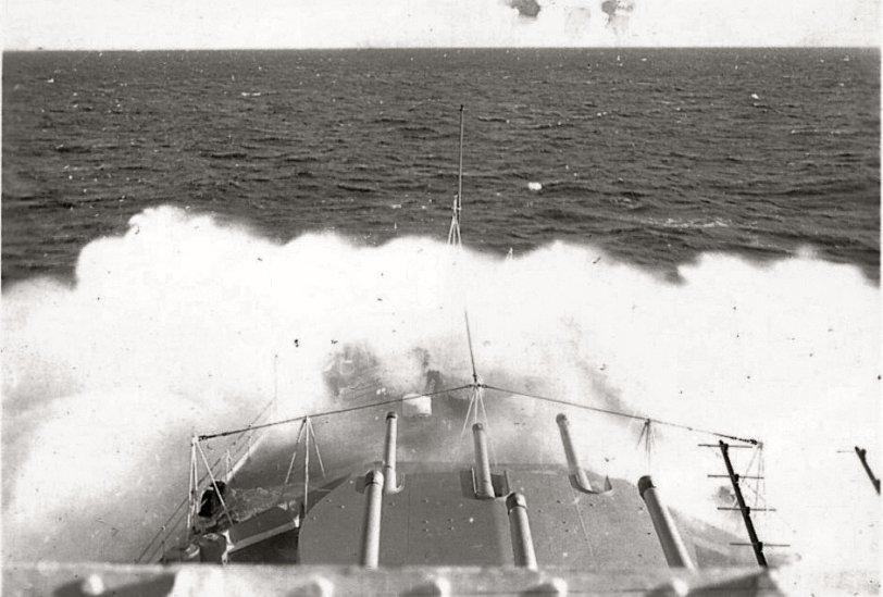 HMCS Ontario at 32 knots