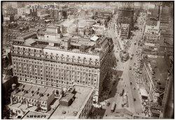 Hotel Astor: 1916