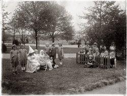 Miss Gergone's 2nd Grade Class: 1932