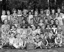 Kindergarten Couture: 1952