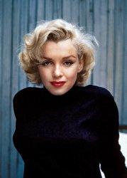More Marilyn: 1953