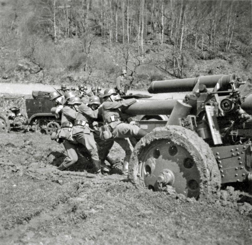 Mudding: WWII