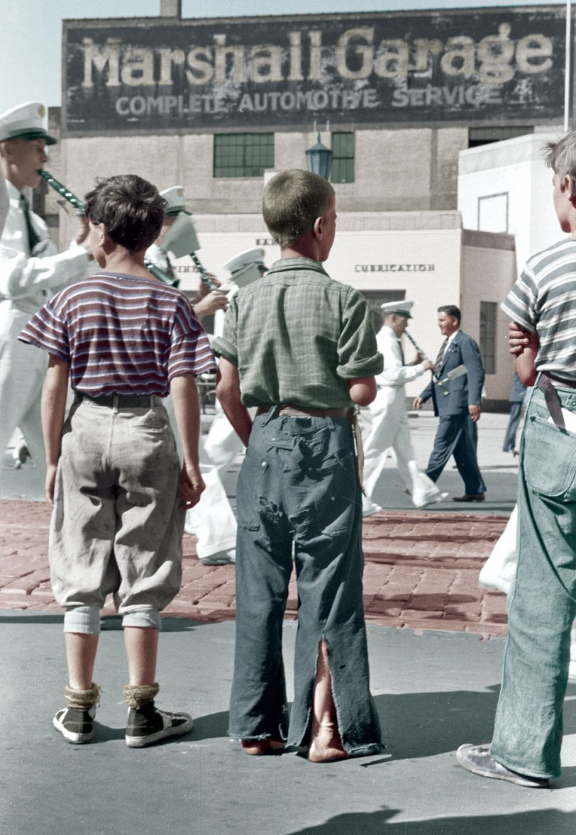 We Love a Parade (Colorized): 1939