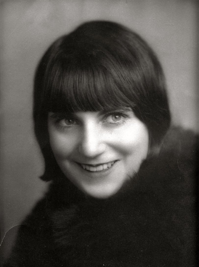 Ain't she sweet: 1920s