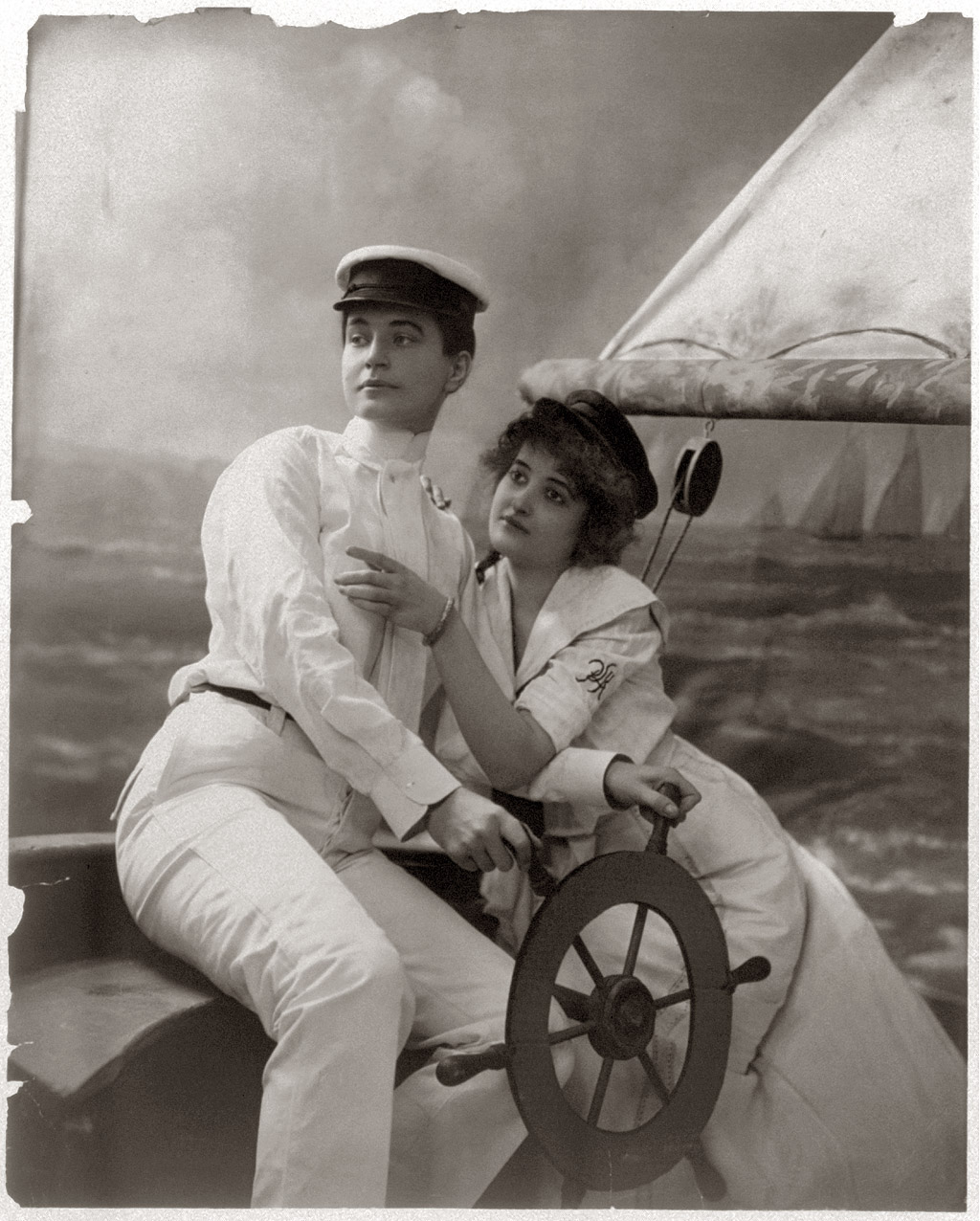 Shorpy Historic Picture Archive :: Sailing Duo: c. 1902 high-resolution  photo