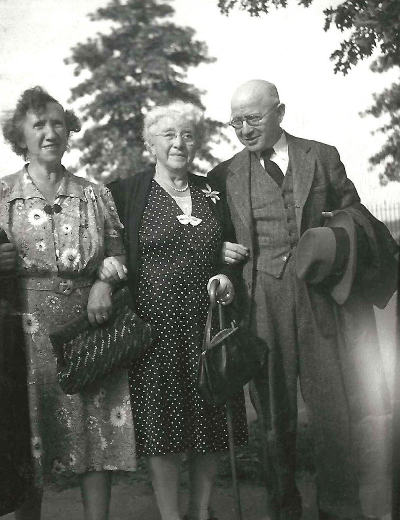 Jenny, Clara and Max: 1950s