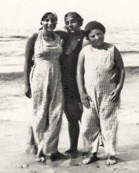 Beach People: 1920's