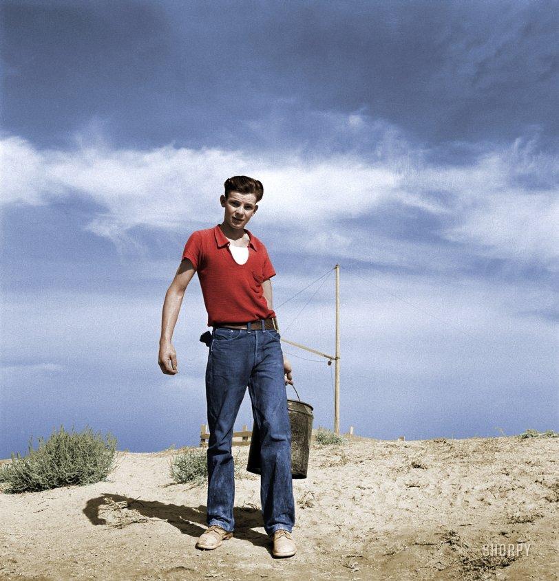 Dazey Boy (Colorized): 1939