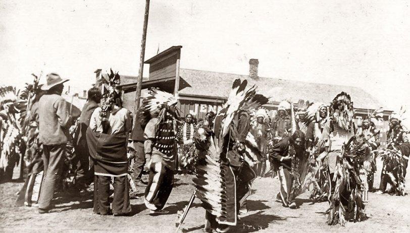 Sioux Powwow, 1901