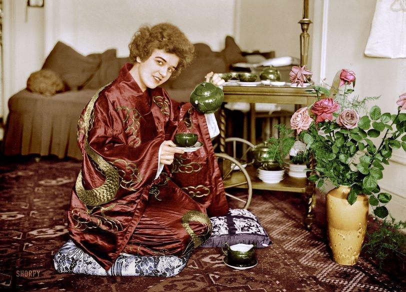 Tea Roses (Colorized):1921