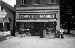 Tommy's Market in the 40s