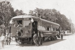 Charles City: 1915