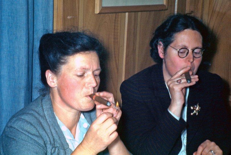 Women Who Smoke