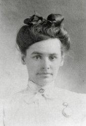Aunt Viola: 1911
