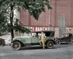 Washington Cadillac (Colorized): 1926