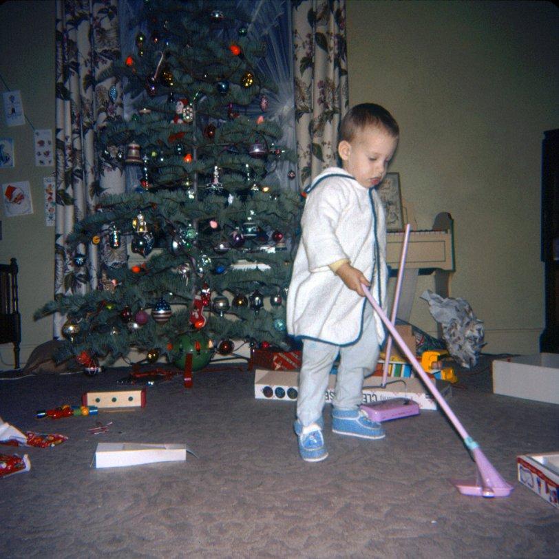 Christmas Clean Sweep: 1961